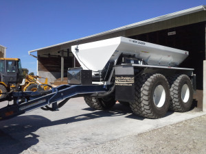 16 ft NL3220G4 on Duo Lift trailer