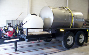 Duo Lift TD1600 with 1600 gal Mid State Tank